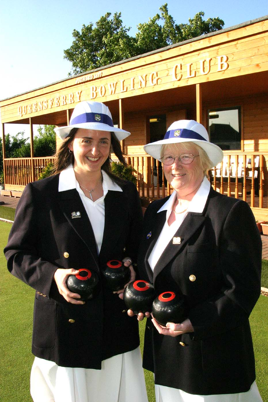 2002 SBA District 27 Ladies Pairs Winners